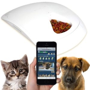 Feed and Go Smart Pet Feeder and nanny cam